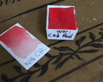 Winsor & Newton professional watercolor half pan for travel palette Cadmium Red