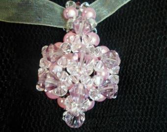 Sparkling pink pendant