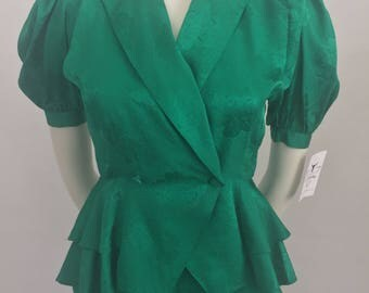Vintage Argenti Petites 100% Silk Emerald Green Peplum Top and Matching Skirt/Size 4 Small