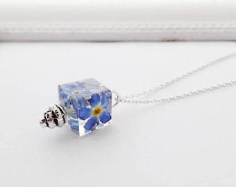 true forget-me-not chain cube cube