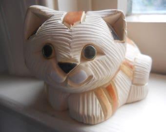 "vintage Artesiana Rinconada calico cat etched plaster figurine 3"" x 2.5"""