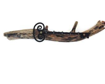 Keychain hanger Driftwood - key - unique design - storage - sea decoration