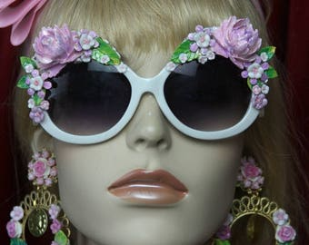 Baroque Rococo Pale Pink Delicate Hand painted Flower Embellished Sunglasses