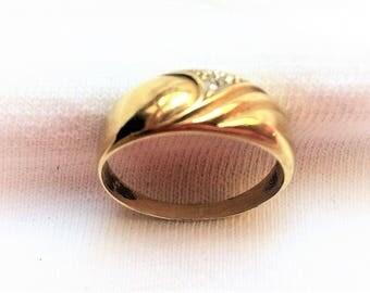 Vintage Genuine 14K Yellow Gold Diamond Ring sz 8.5 Gemstone Band Engagement Wedding Solitaire Marked 585 14 K Kt 14kt Marriage Love Flower