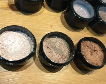 Natural Mineral Makeup, locally made in Winnipeg MB, clays and minerals, natural pigments, face powder, blush, bronzer