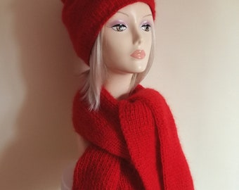 Cap with a red scarf