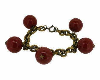 1940s Red Plastic and Gilt Metal Stars Vintage Bracelet
