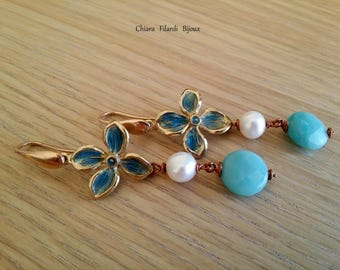 Earrings in bronze and natural stones, flower