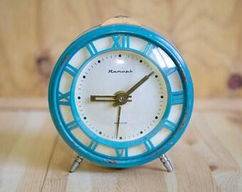 Soviet Alarm Clock,Vintage Alarm Clock,Mechanical Clock,WORKING Clock,Table clock,Retro Clock,Desktop Clock,Clock Collectible,Metal Housing