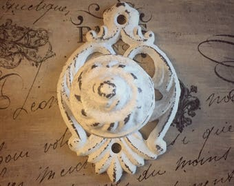 Shabby Distressed White Drawer Pull / French Country / French Provincial Knob
