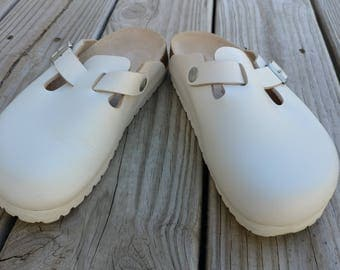 Birkenstock Women's Boston Leather Classic Foot bed Clog Shoes White 36 / 5
