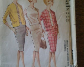 Vintage McCall's  6177  Misses proportioned suit and overblouse SIZE  12 UNCUT