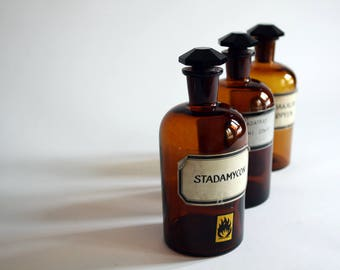 Three old pharmacies bottles. about 1000ml. Ground, octagonal glass stopper. rare, vintage