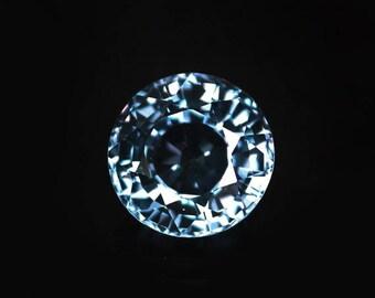 4.1 ctw. alexandrite color change loose gemstone.
