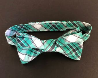 Boys Bow Tie, Baby Bow Tie, Plaid Bow Tie, Green & Gray Plaid Bow Tie, Little Boys Bowtie, Toddlers Plaid Bowtie, Pre-Tied Adjustable Bowtie