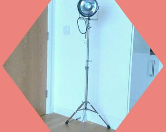 Vintage Theatre Stage Light Floor lamp on Collapsible Tripod