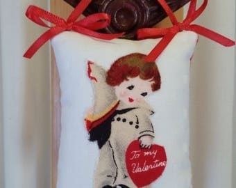 "Vintage Valentine ""To my Valentine"" mini hanging pillow. 3.5x3""."