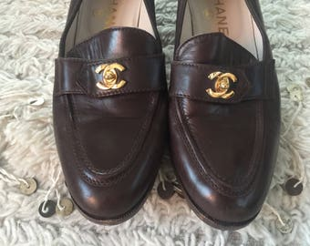 Vintage CHANEL CC TURNLOCK Logo Brown Leather Loafers Flats Driving Shoes Smoking Slippers Ballet Flats eu 37 us 6 - 6.5