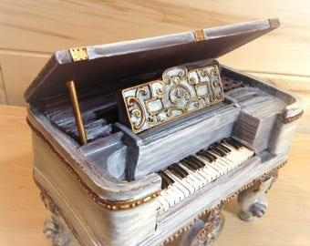 PIANO MUSIC BOX, Music Decor Kid, Plays Blue Danube, Hand Painted, Resin Baroque Piano