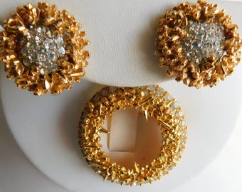Vintage Marcel  BOUCHER Faceted Rhinestone Gold Brooch & Clip On Earrings Set !