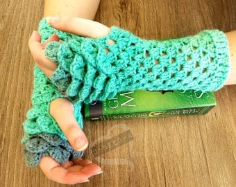 Dragon Scale Gloves - Mint Collection