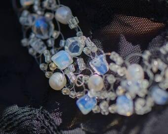 Bridal Statement Necklace, Wedding Jewelry sets for brides , Pearl Wedding Necklace, Bridal Pearl Bracelet, Bridal Jewelry set