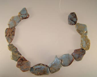 Peruvian opal strand
