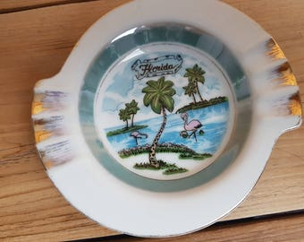Florida Small Ashtray ocean Palm Trees Flamingo Trip Souvenir United States Cigarette Smoking Break Gift for Smoker Vacation Holiday Beach