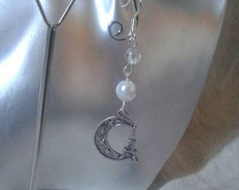 """Eiffel tower on the Moon"" earrings"
