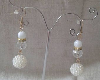 """""""magic of white and transparent"""" earrings"""