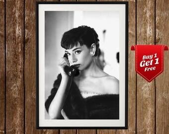 Audrey Hepburn Portrait - Answering Phone, Audrey Hepburn Black White Photo, Vintage Audrey Hepburn Image, Audrey Hepburn Photograph