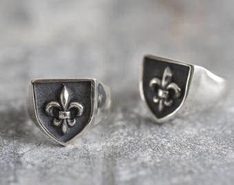 Royal Shield Stamp Ring