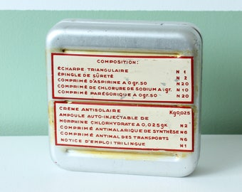French army vintage first aid kit box / vintage medical emergency kit