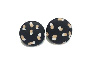 Spotty Janes // Polymer clay stud earrings // Black + White & Peach Spots // 20mm // Statement earrings