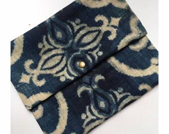 Baroque print fabric lingerie bag