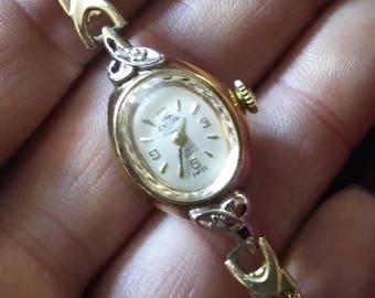 Vintage Enicar Ultrasonic Incabloc swiss manual wind watch. 10KRG w 2 diamond embellished casing. 17 jewel beauty. RUNS!!