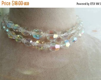 SUMMER CLEARANCE 1950's Iresdecent Glass Crystal Beads Choker and Earring Set