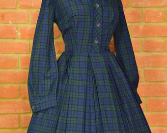 1950's vintage original shirtwaist dress tartan with collar