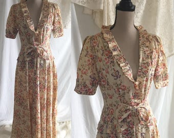 Vintage 1940's Floral Dressing Gown