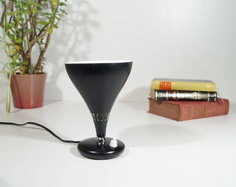Small lamp, mid century modern, italy 50s and 60s, vintage design table lamp, funnel shape, retro bedside lamp, side lamp, Europe