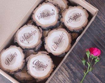 100, personalized wedding place cards, slice place cards, custom wedding place cards, rustic name cards, wood escort cards