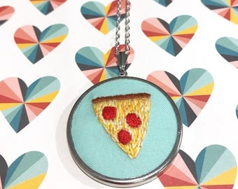 Pizza hand embroidery necklace, pizza embroidered hoop art, pizza embroidery design, pizza embroidery hoop, embroidery jewelry gift