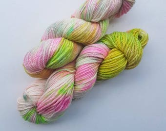 Funtopia - Beautiful Handyed Yarn - 100g - 100% BFL Wool in Dk