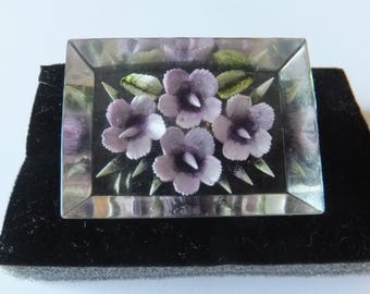 Beautiful, 1950s reverse carved lucite brooch, violets