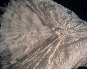 1950s or older Vintage Wedding Dress Unique