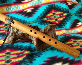 Western Red Cedar Native American Style Flute Backpacker Key A