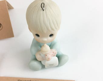 Vintage Precious Moments Baby's First Christmas Special 1985 Issue Miniature Ornamant Figurine 15903