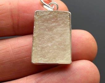 Beautiful  Sterling Silver Libyan Desert Glass Pendant ~ ( 5gm / 25mm ) ~ 2