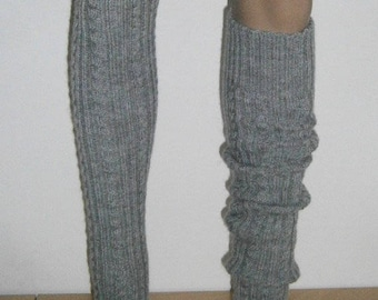Thigh cuffs with mohair and braid pattern