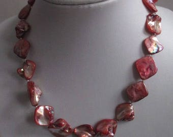 Stunning vintage lacquered Agate Necklace lobster claw clasp